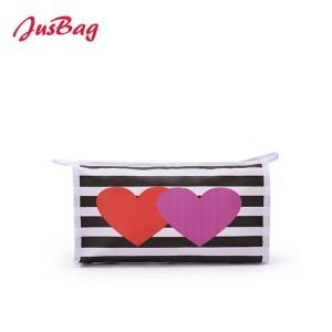 Printed canvas make up bag-hearts