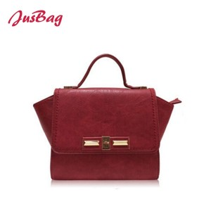 Lady handbag with crossbody belt-wine